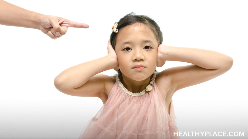 The effects of verbal abuse can be traumatic and long-lasting. Learn about the effects of verbal abuse on children, women and men.